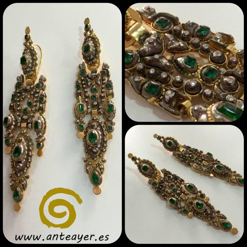 Pendientes de oro y plata de tipo Fraga.