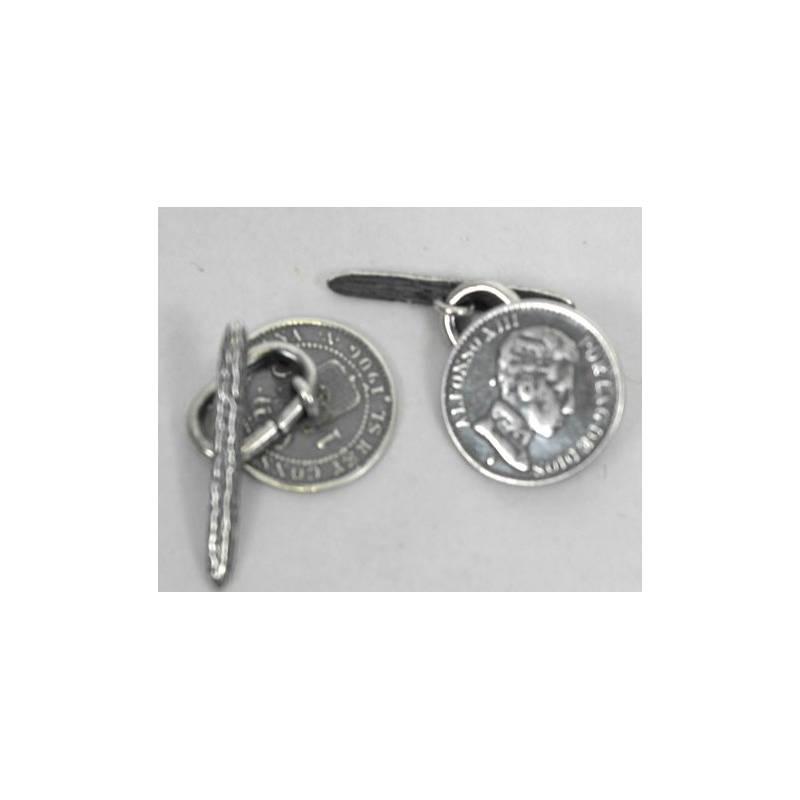Botón de moneda, en metal plateado