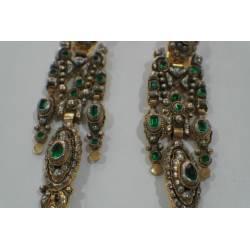 Pendientes de oro y plata de tipo fragatí.