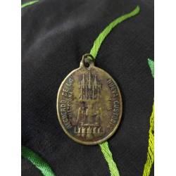 Antigua medalla de la Santa...