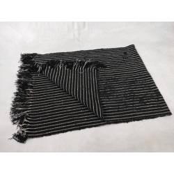 Antigua manta de rayas