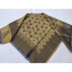 Pañuelo de seda brochado