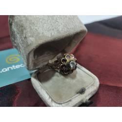 Antiguo anillo de oro,...