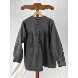 Antigua blusa de hombre